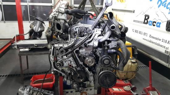naprawa silnika audi A8